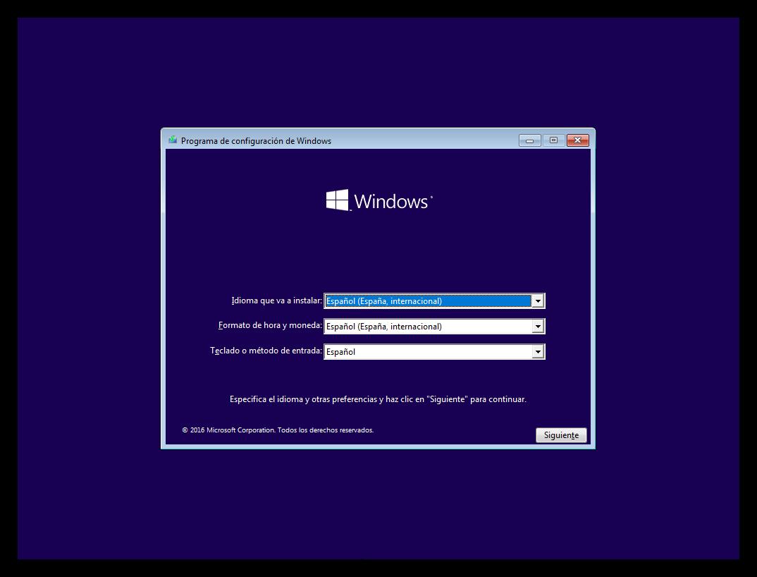 Primera ventana del asistente de instalación de Windows 10