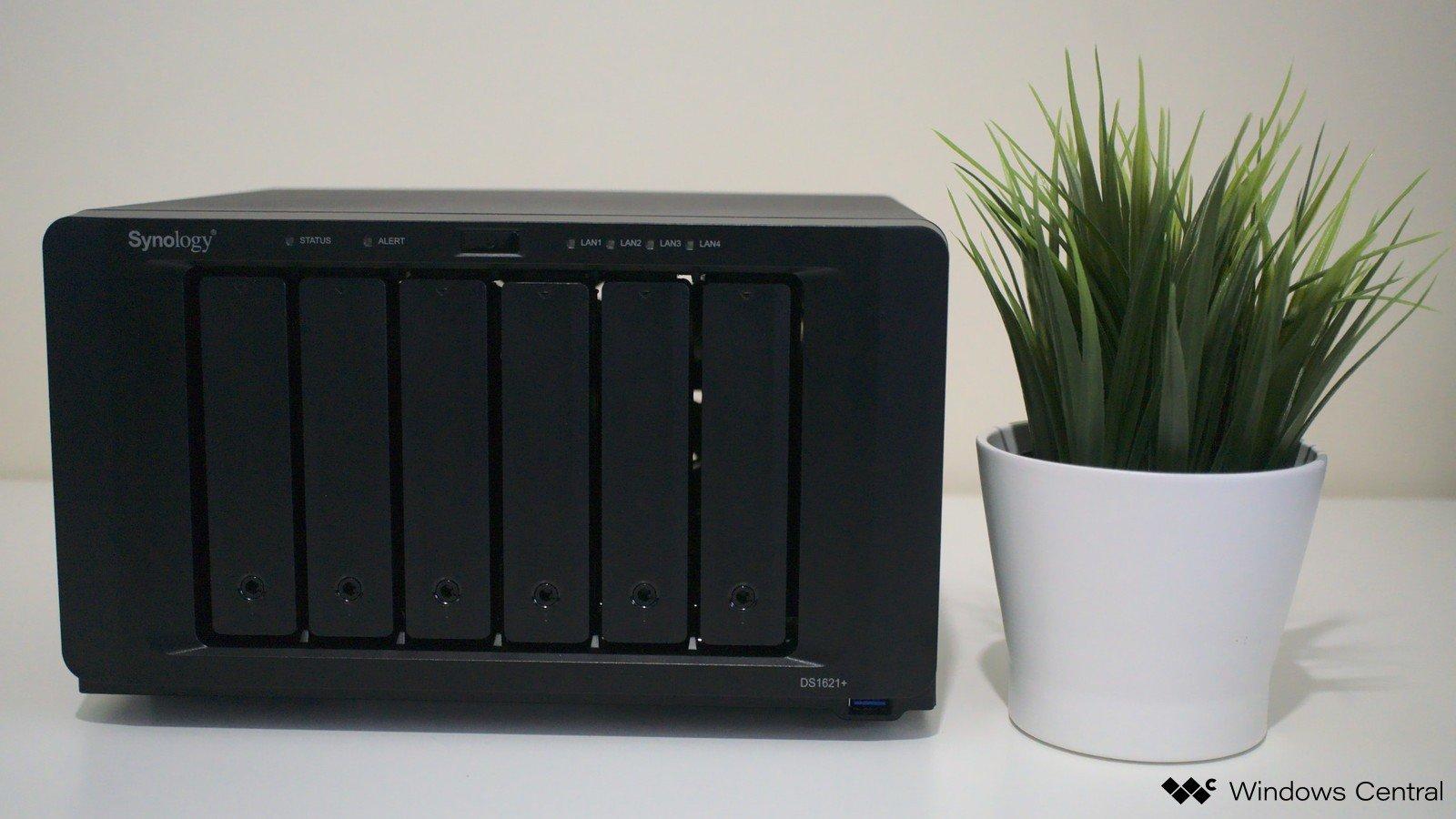 Synology DiskStation DS1621 +